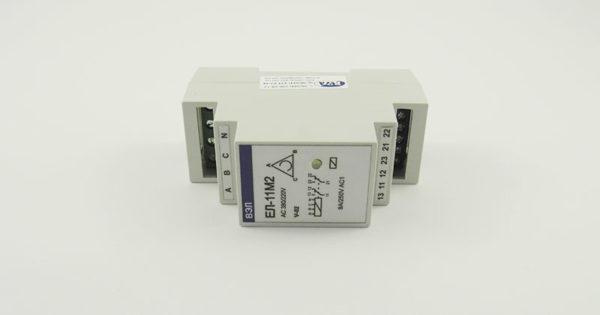 Реле контроля фаз ЕЛ11М2 - на боку