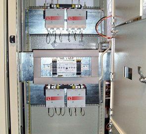 Шкаф с 3-мя АВР, на два ввода и одну нагрузку каждый, выполнены на БУАВР.К и контакторах.